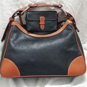 Dooney & Bourke Bags - DOONEY & BOURKE HARRISON HOBO BLACK & BROWN